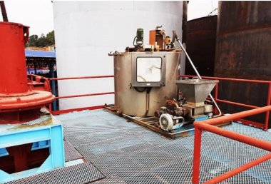 Views of the leached concentrating dewatering unit at August 2, 2020 where installation and reconditioning of the thickener flocculant mixing and dosing assembly from Canatuan is progressing..