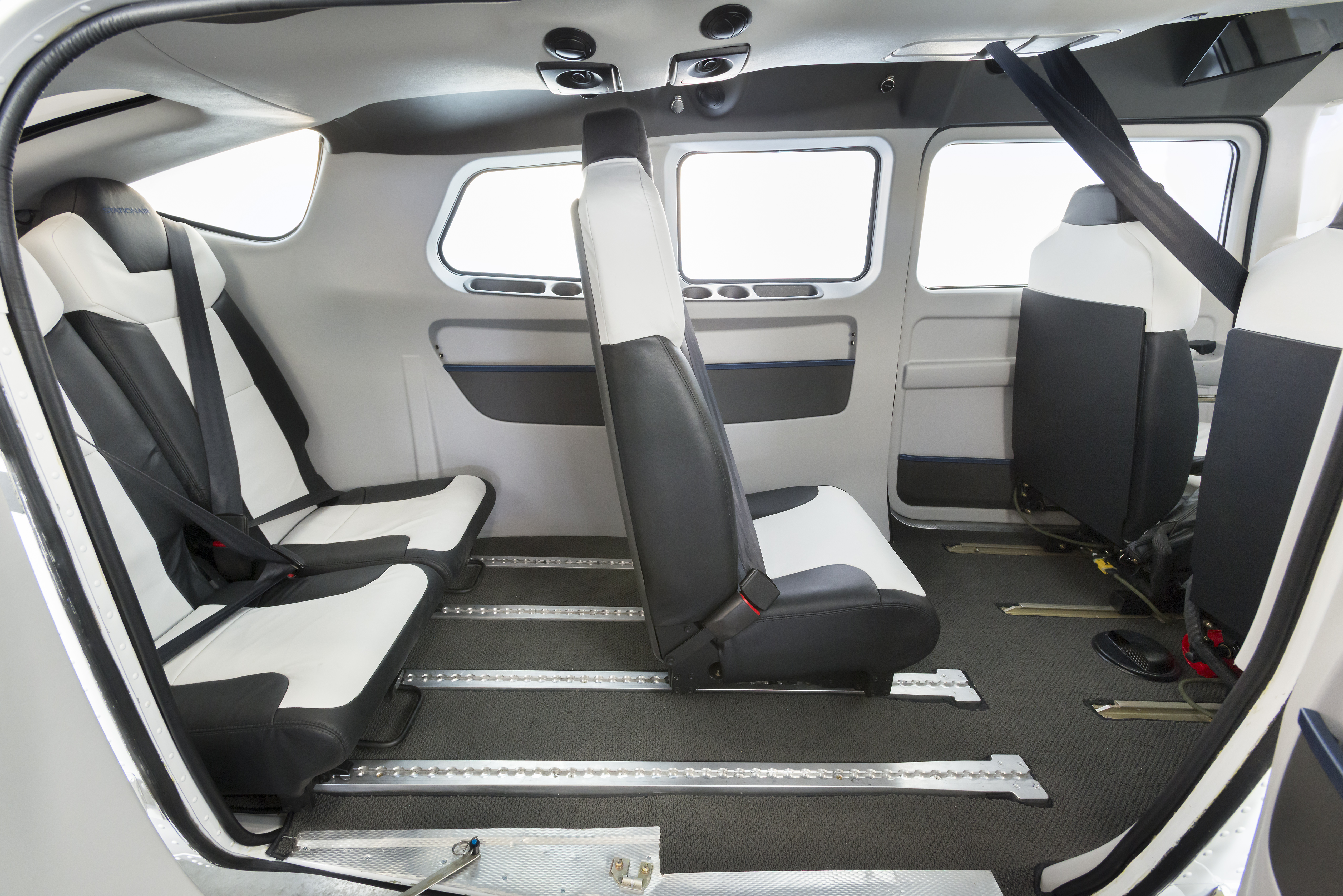 Textron cessna stationair to sport new interior seating for New interior